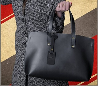 Corrected Grain Leather Tote Bag